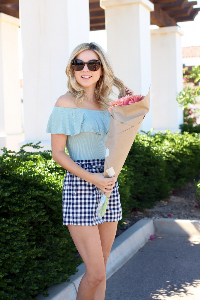 express - the edit - gingham outfit
