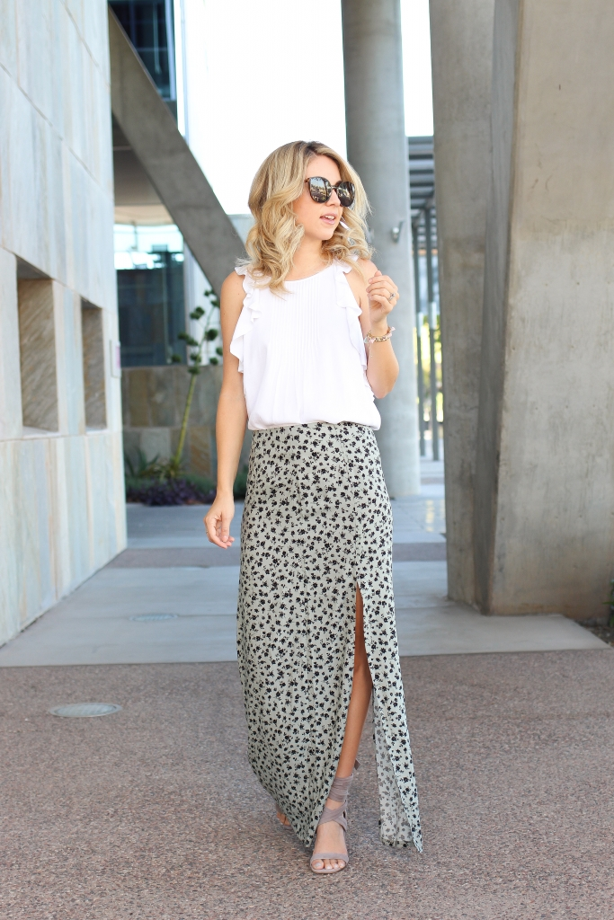 Banana Republic - Maxi Skirt outfit - lace up wedges