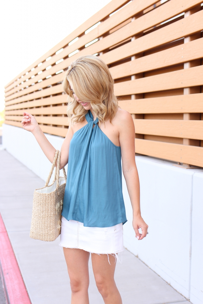 Halter top - summer style - outfits - simply sutter