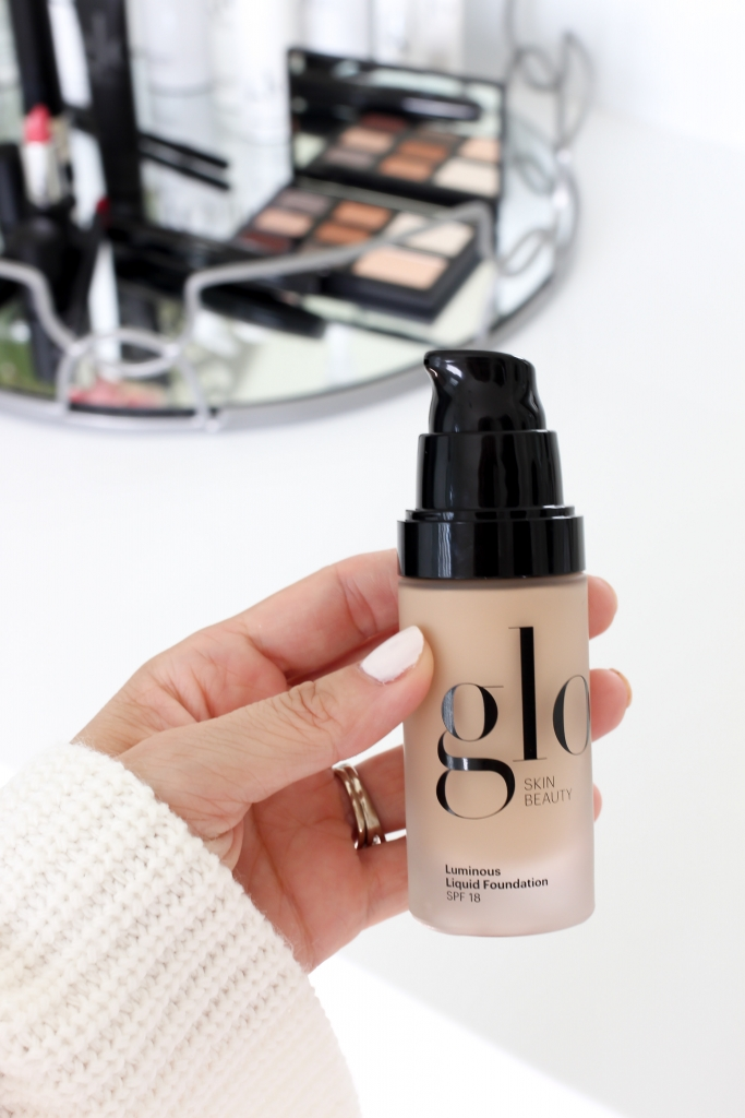 Simply Sutter - foundation - makeup