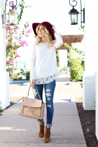 Simply Sutter - fall fashion - thanksgiving outfits - fall style - bow sweater - denim outfit