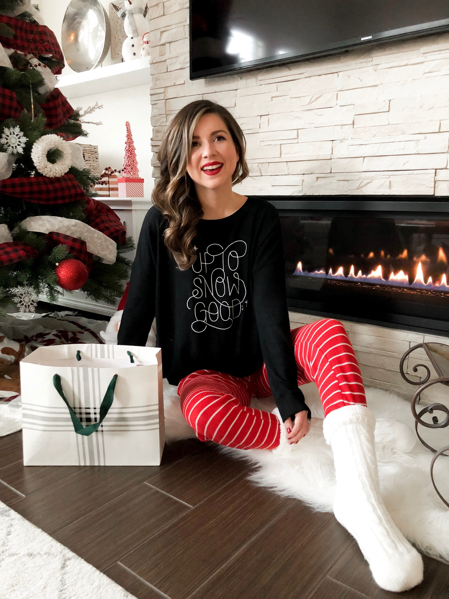 7 days of christmas - holiday giveaway - holiday gifts - simply sutter