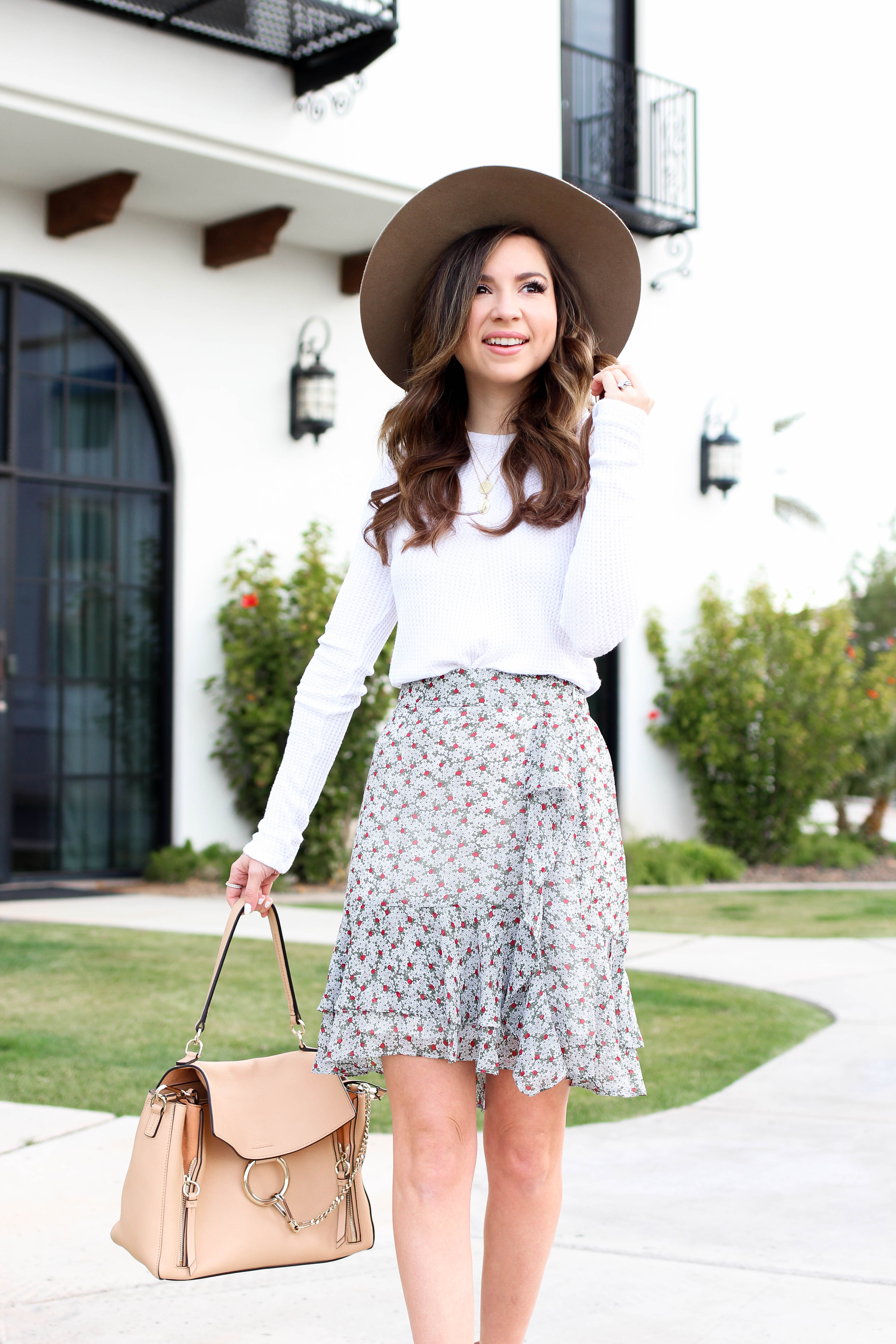The must have ruffle mini skirt for spring