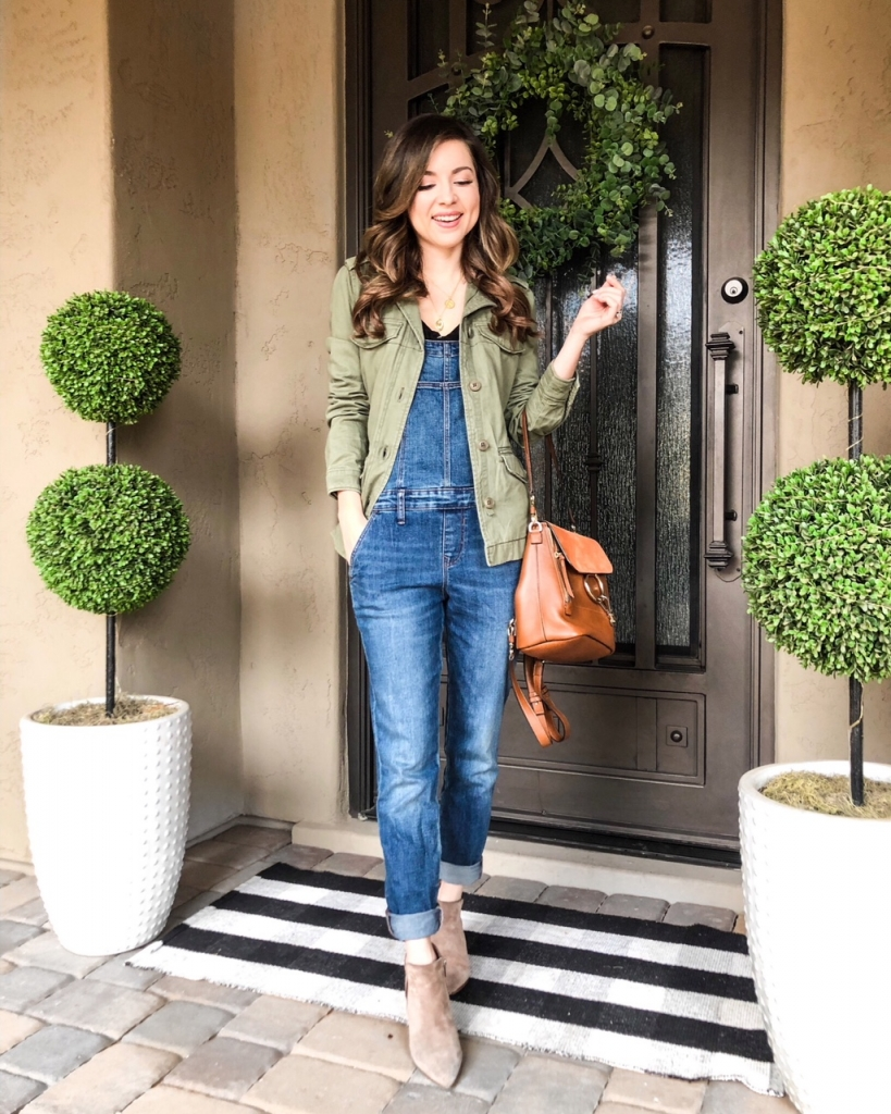 olive green jacket outfits to wear with overalls