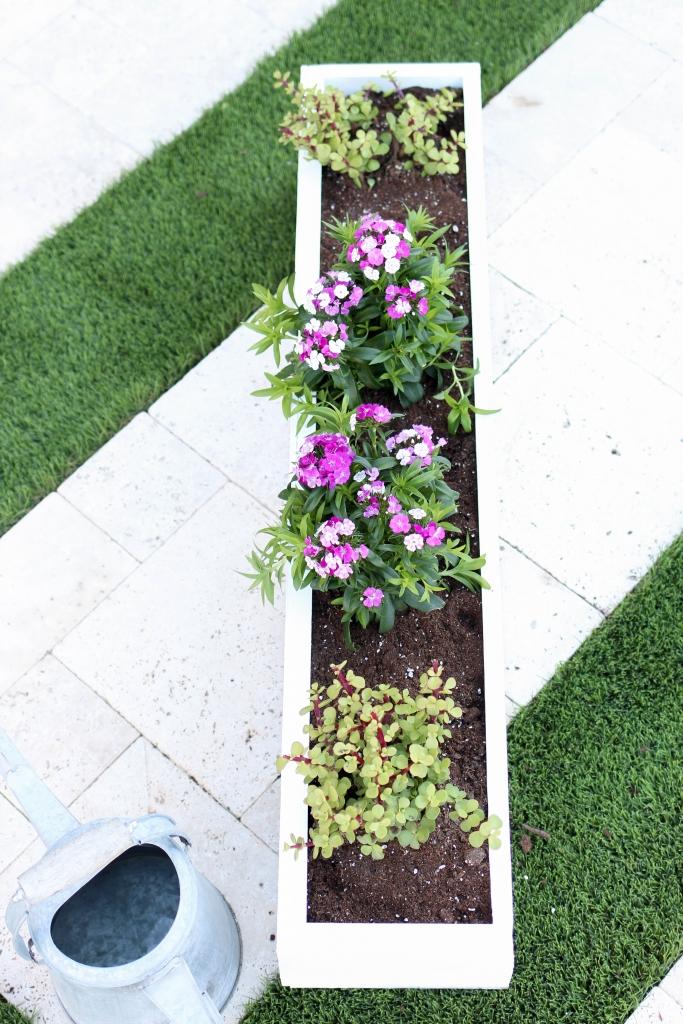 White window box planter