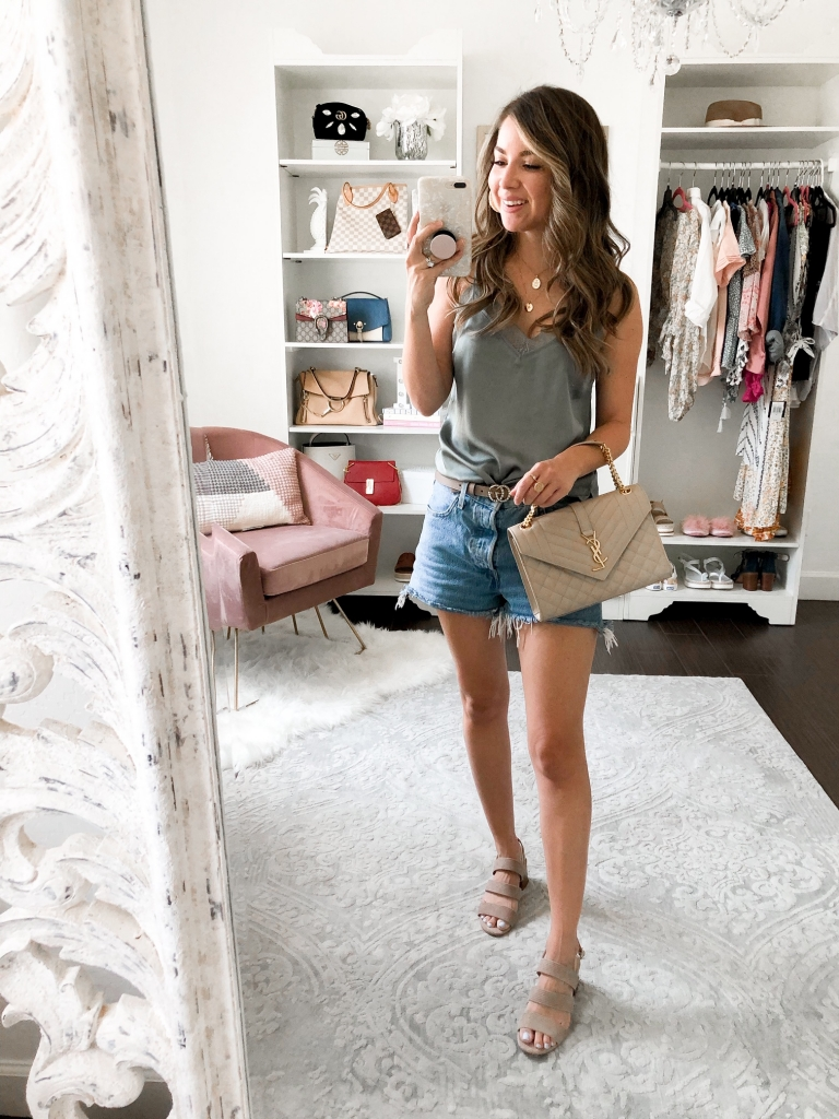 date night denim shorts outfits