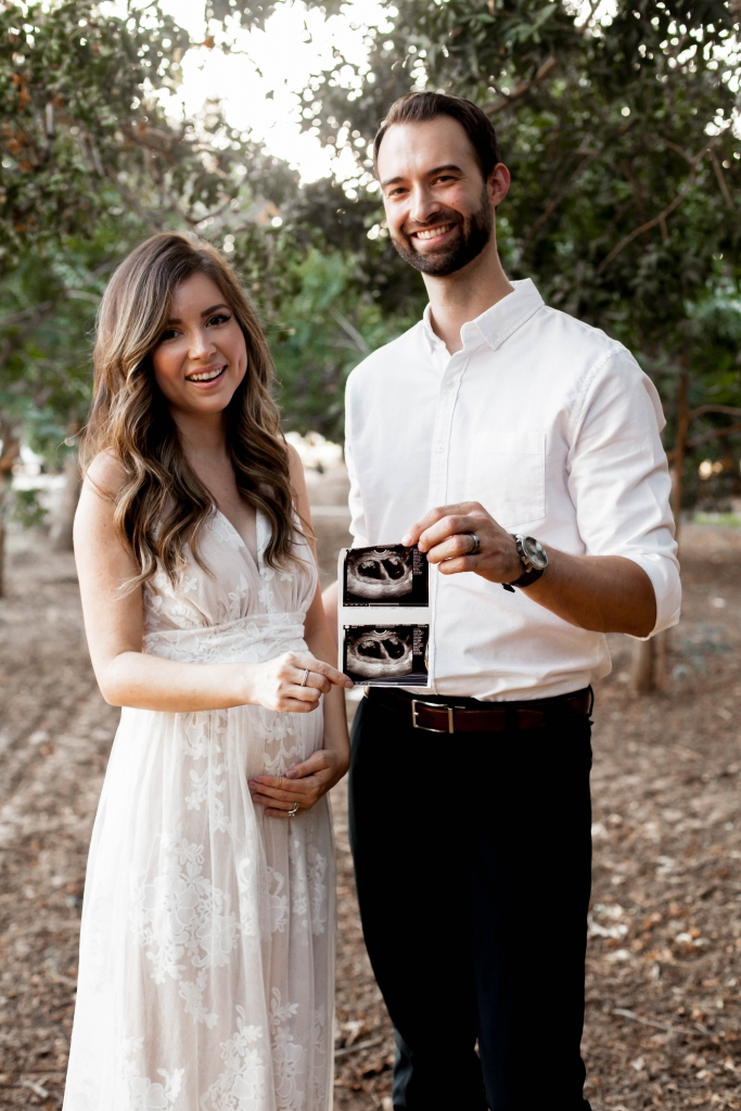 pregnancy announcement twins
