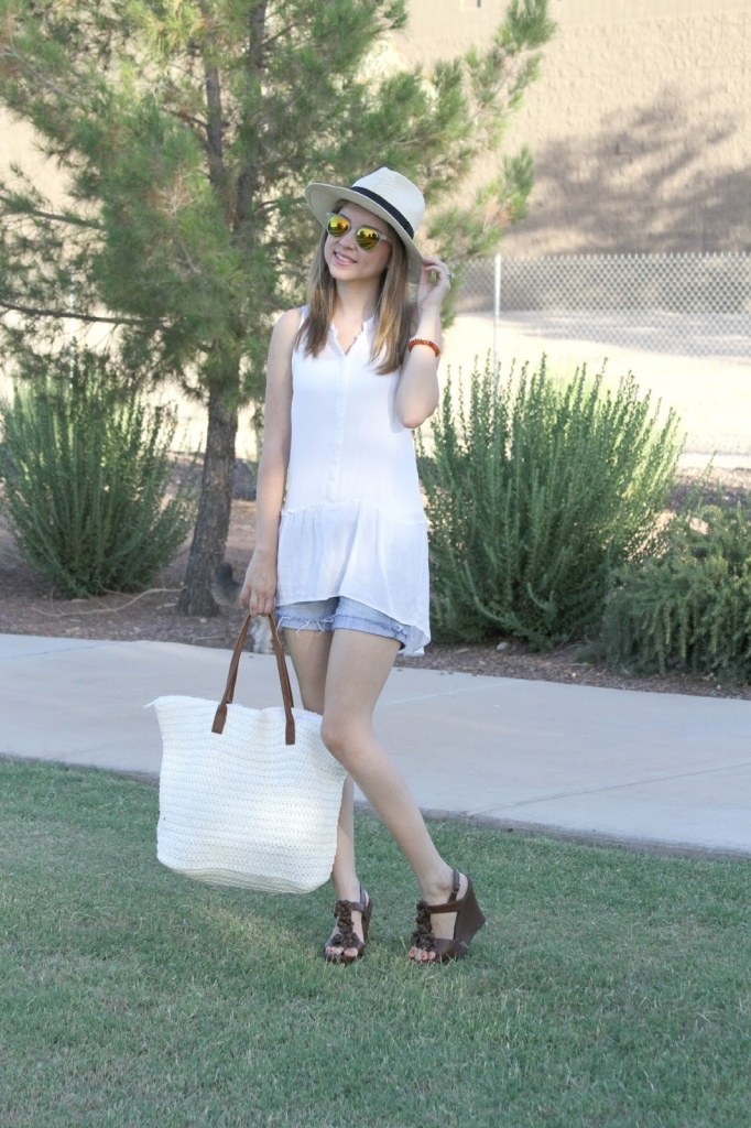 shorts, wedges, tote, sunnies
