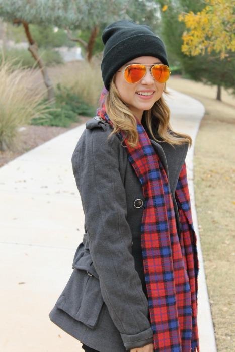 Rain boots, Winter Style, Boots: Chooka, Sweater: Lauren Conrad, Sunglasses: Betsey Johnson, Scarf: Jcrew