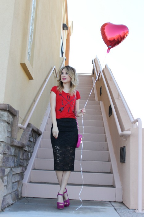 Valentine's day outfit, style, outfit, instagram, look, lace skirt
