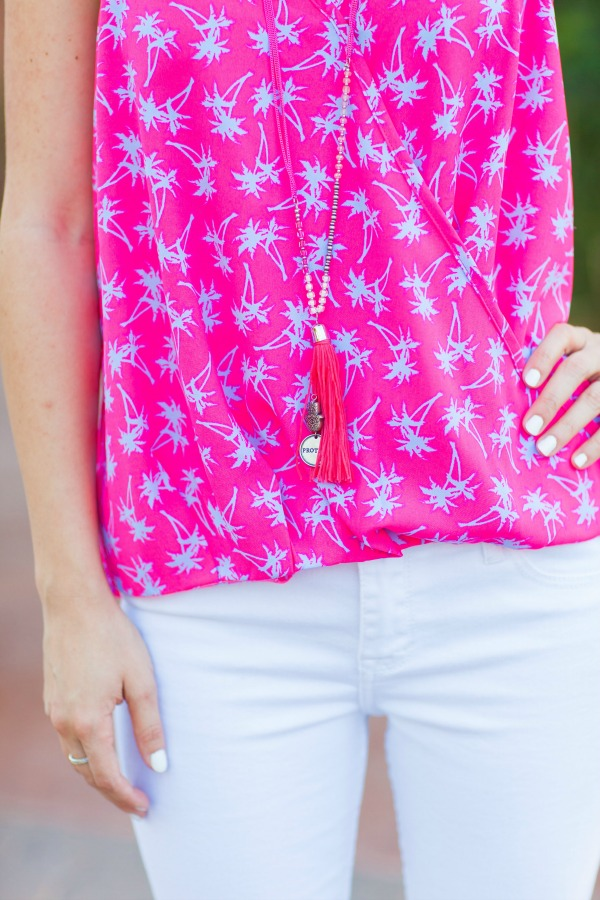 Palm trees, marshalls, #fabfound, white jeans, outfit, simply sutter