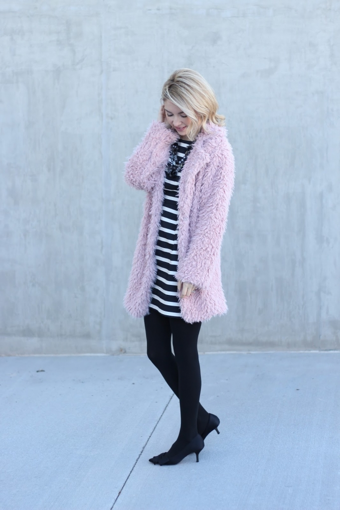 NYE, New Years Eve Look, pink coat, simply sutter