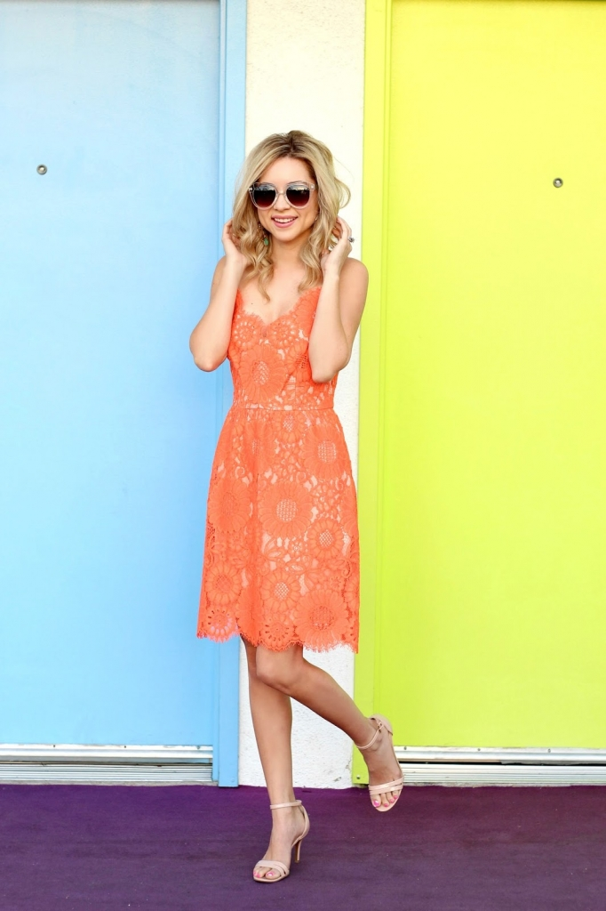 Palm Springs, Lace Dress