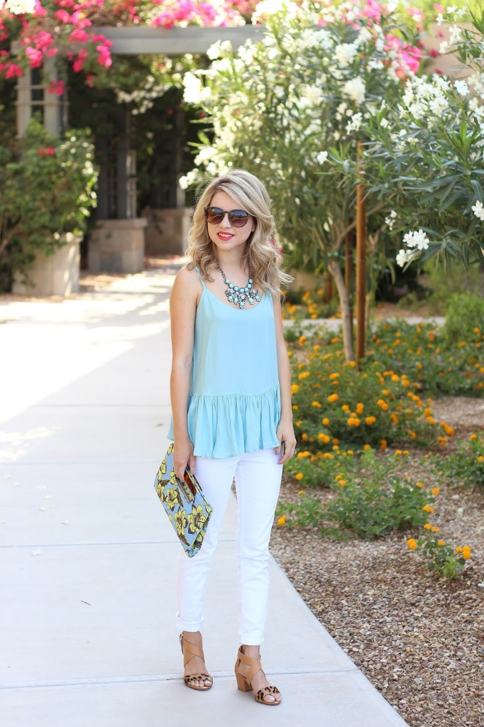 how to wear white jeans, swing top
