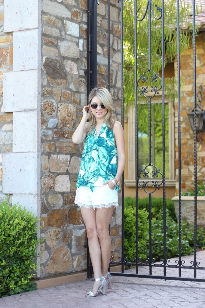 palm outfit, summer style, lace shorts