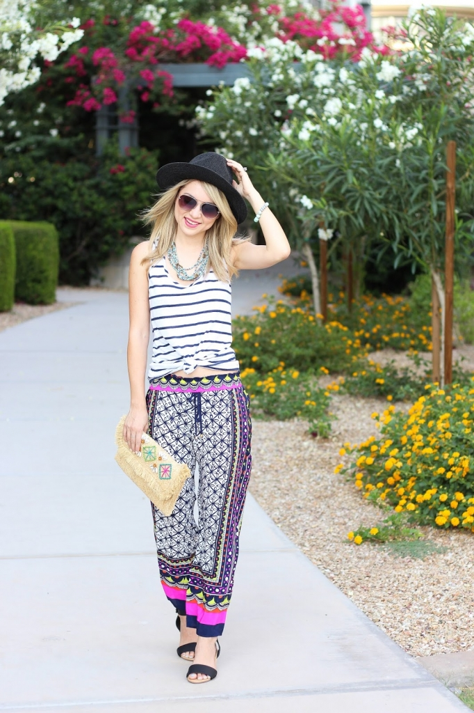 how to mix prints, stripe top, crop pants