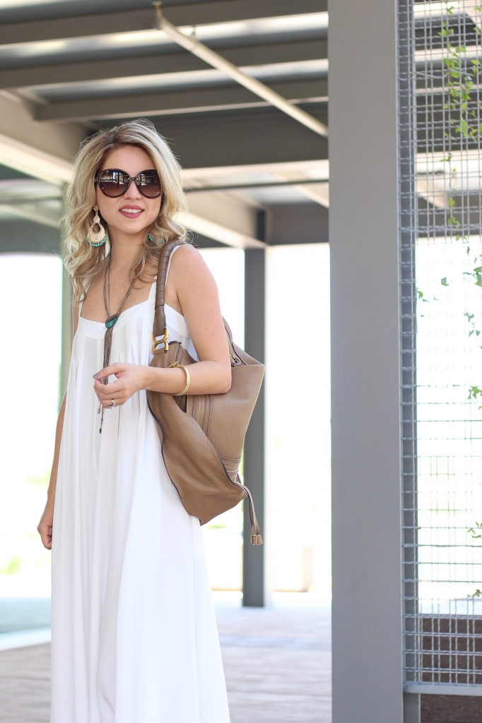 how to wear a white jumpsuit-outfit