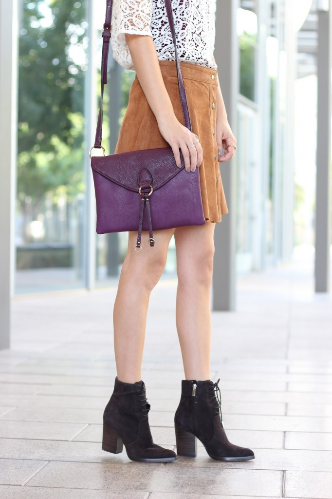 casual lace top outfit, burgundy purse, fall boots