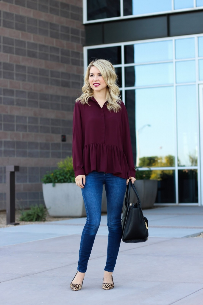 casual outfit - cozy - style - simply sutter - ruffle top - loft top