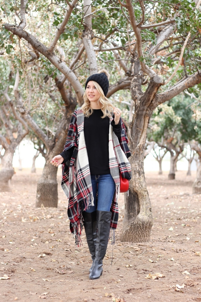 how to style a poncho - casual winter style - casual outfit - winter style