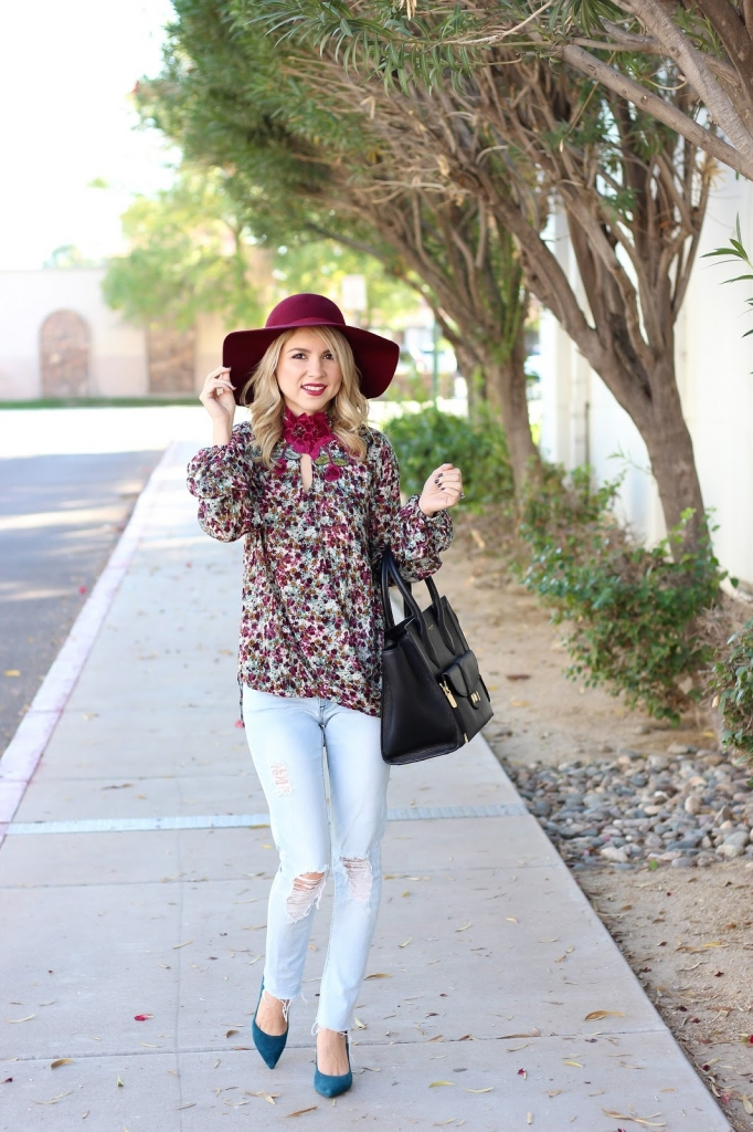 how to wear denim this thanksgiving - denim outfit - floral top - floppy hat