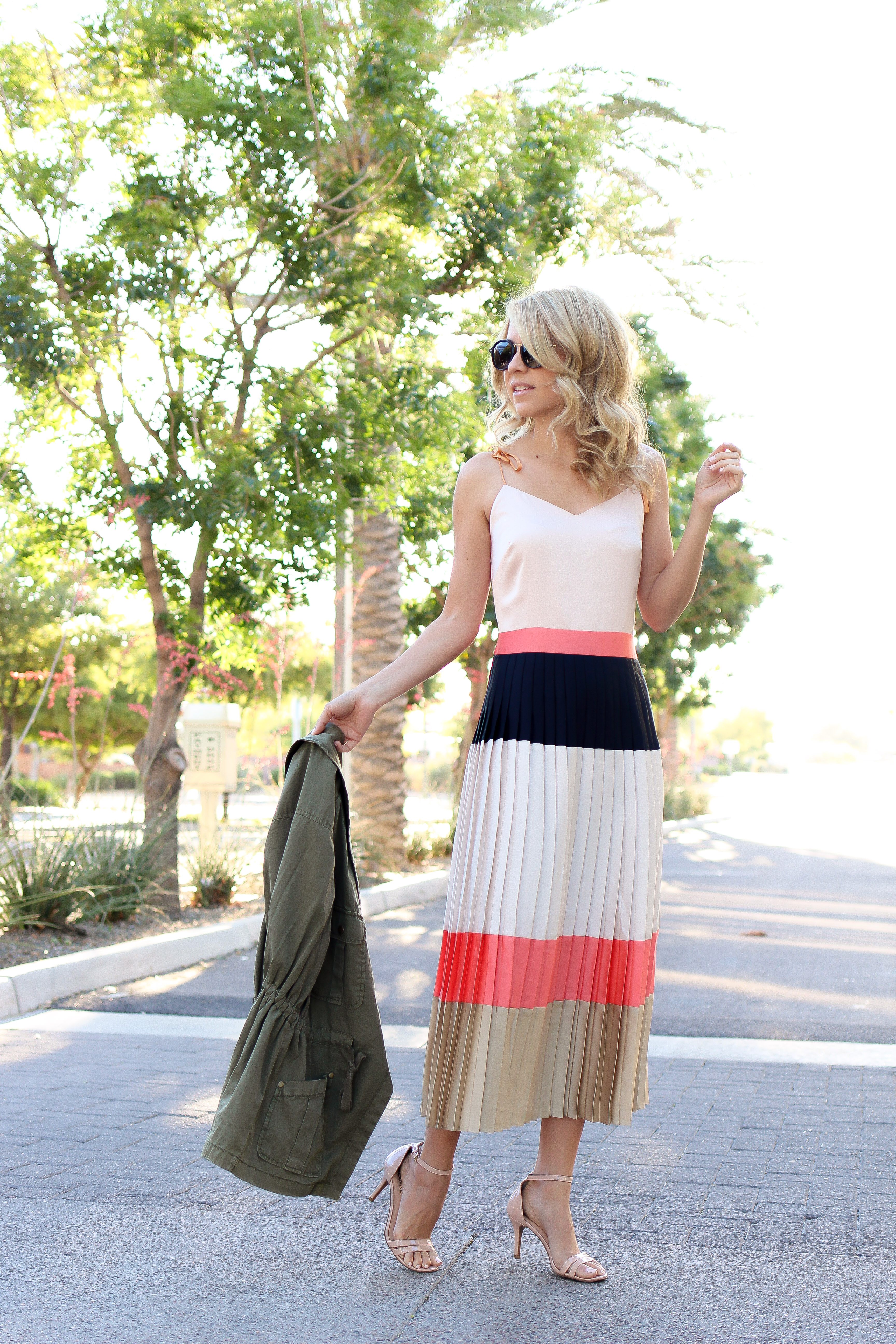 1c8d07d66af Banana republic – Pleated Dress – Color Block Outfit – Summer Style2497