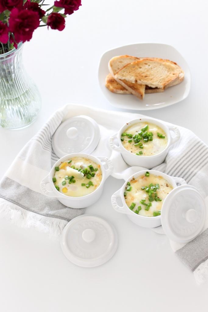 Baked eggs - White Kitchen - mini ramekin - brunch recipe - staub