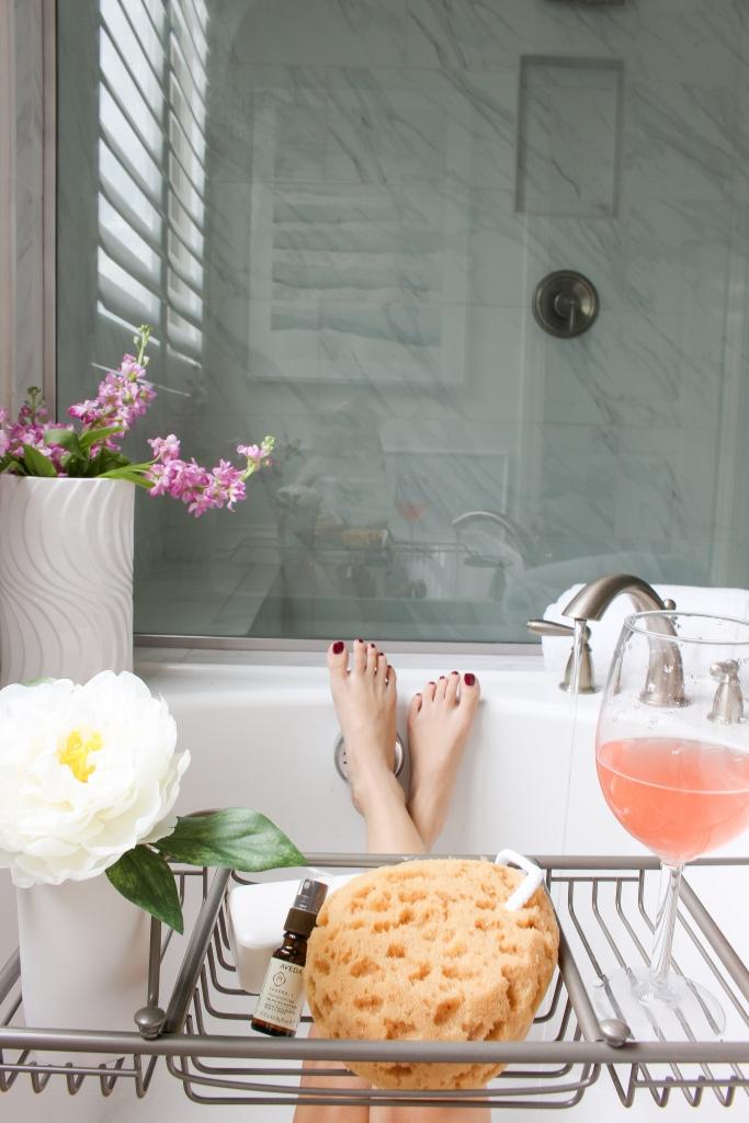 Simply Sutter - Master bathroom - bathtub - tub