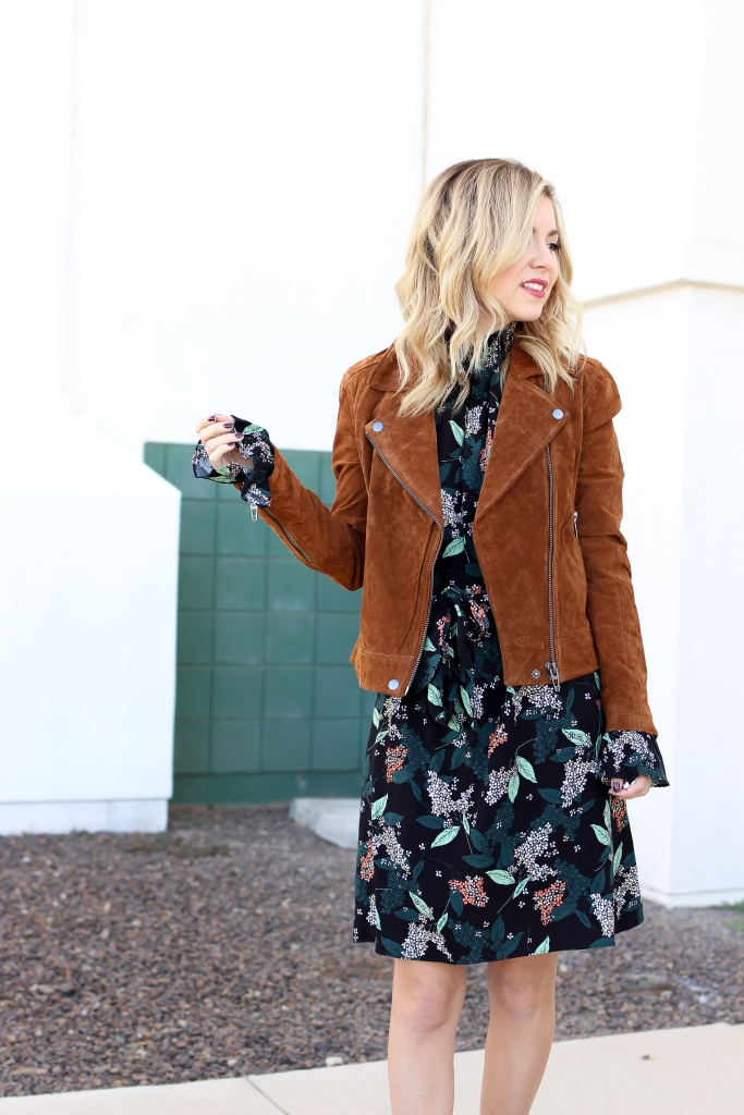 Simply Sutter - Fall Dress - Outfit - Suede Jacket - Smock dress
