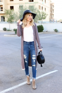 Simply Sutter - long line cardigan - high waisted jeans