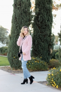 Simply sutter - pink coat - sweater outfit - valentines day