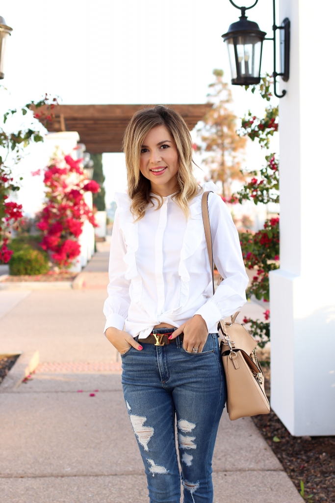 Simply Sutter - Ruffle Blouse - High Waist Jeans - Denim outfit
