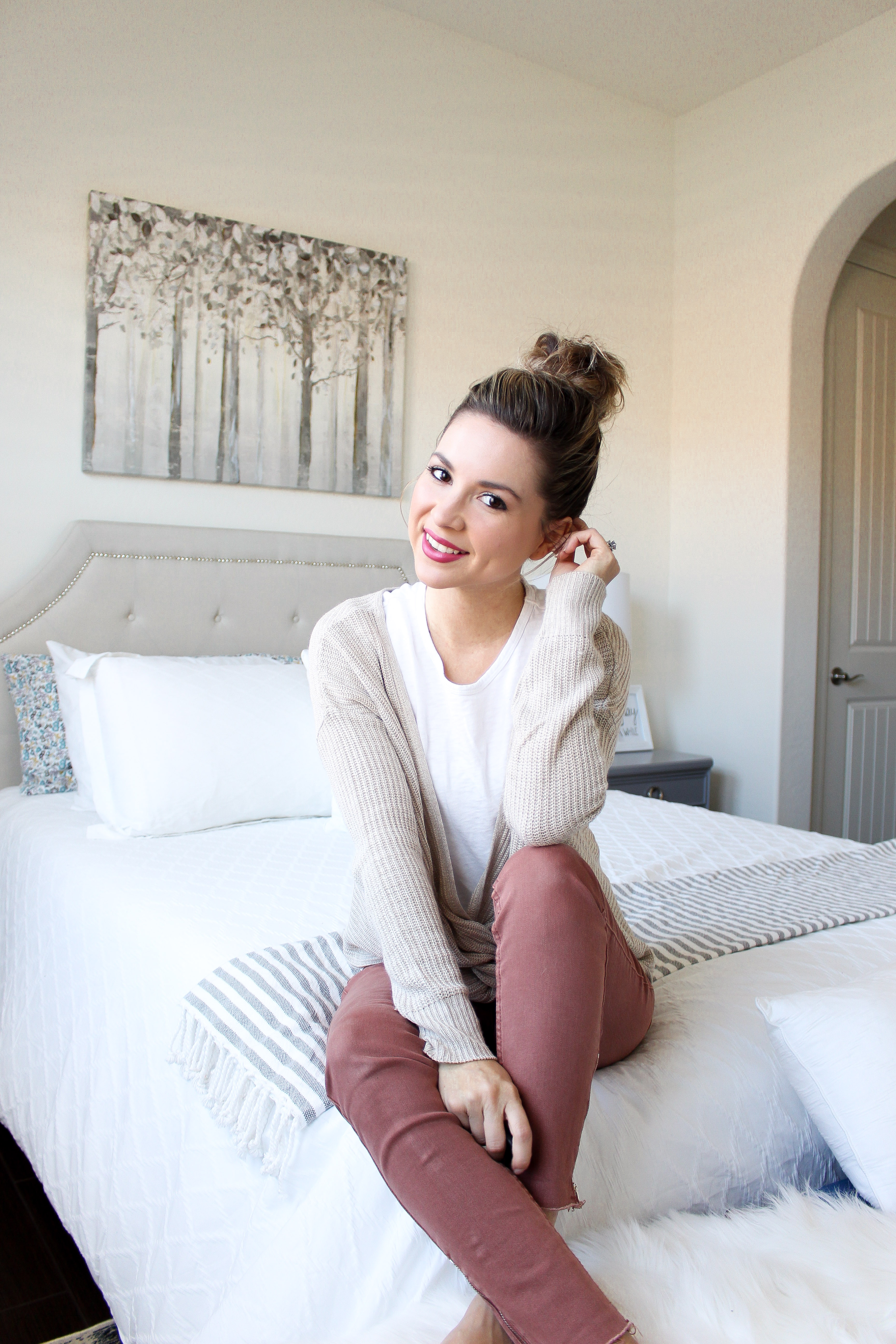Simply Sutter - Top Knot Tutorial - Hairstyle