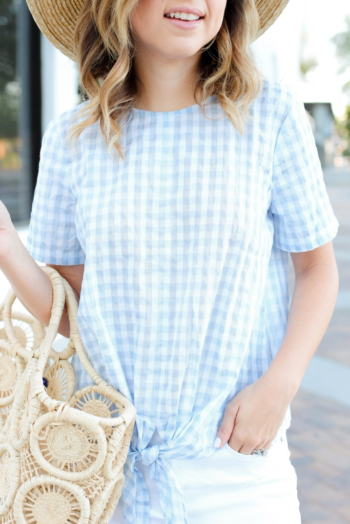 6672203bd16d Simply Sutter - Summer outfits - Gingham top - straw hat ...