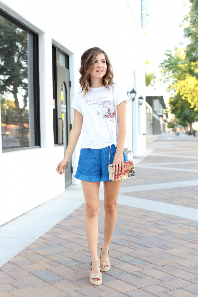 Simply Sutter - Casual Style - Best summer outfit - shorts outfit - french tee shirt
