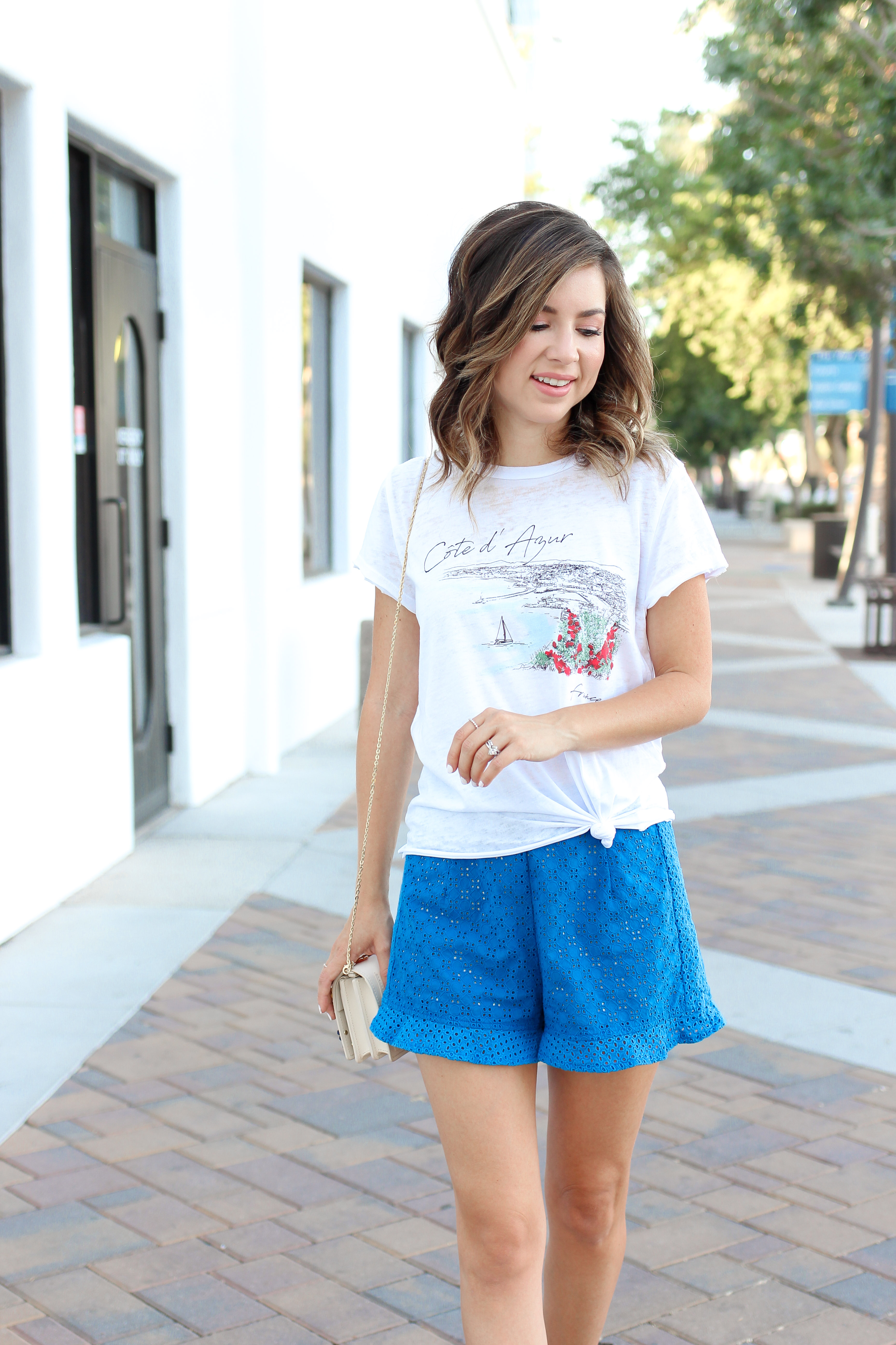 Simply Sutter - Casual Summer outfit - shorts outfit - french tee