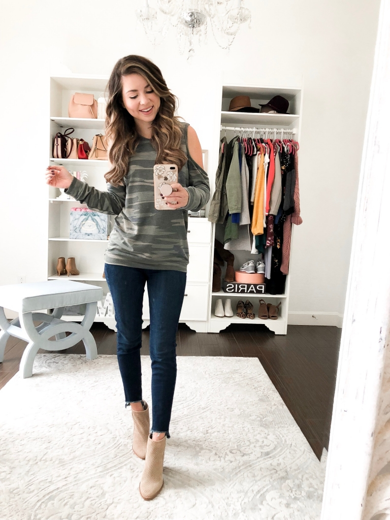 fall outfit - camo top - simply sutter