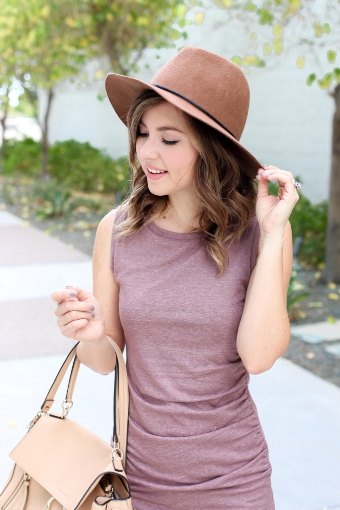 Simply Sutter - Best Fall Outfits - Casual fall outfit - dress and boots