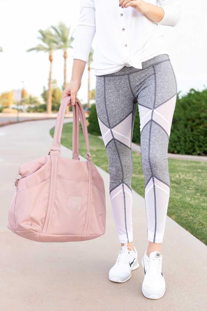 simply sutter - athletic outfit - leggingssimply sutter - athletic outfit - leggings