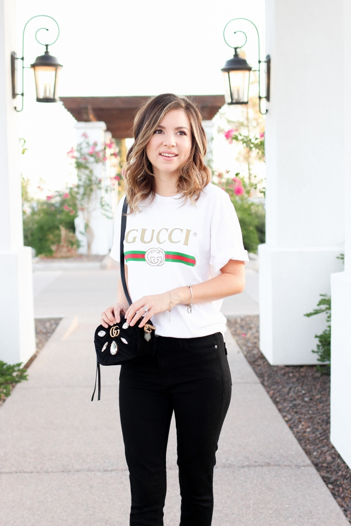 Simply Sutter - Gucci Tee - Oversized shirt style - black jeans