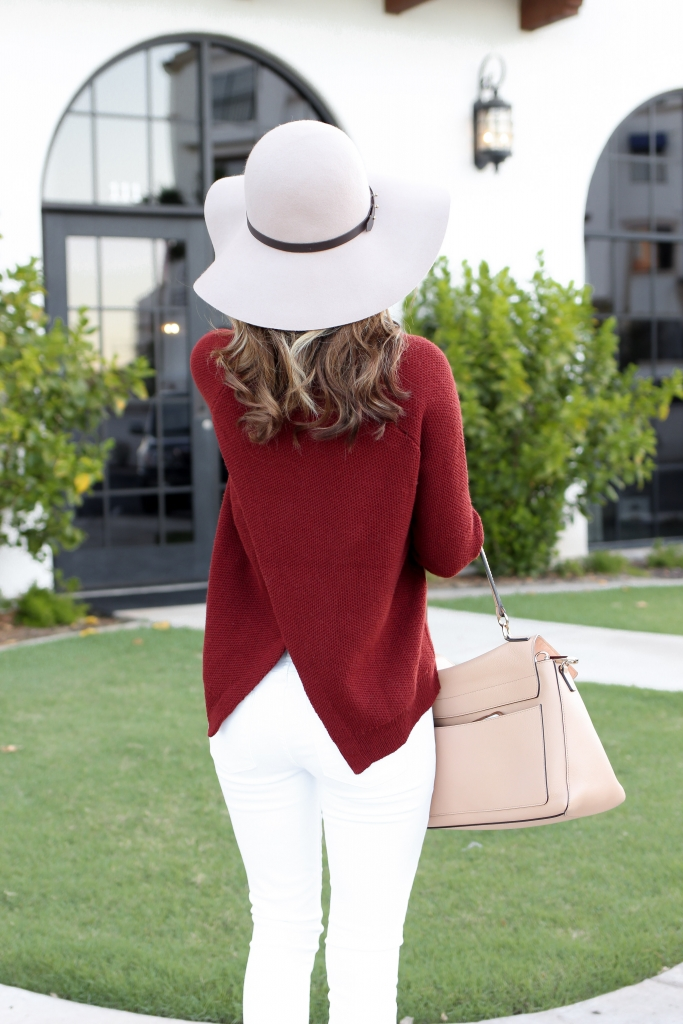 fall outfits - new fall outfits - how to wear a sweater - sweater and white jeans