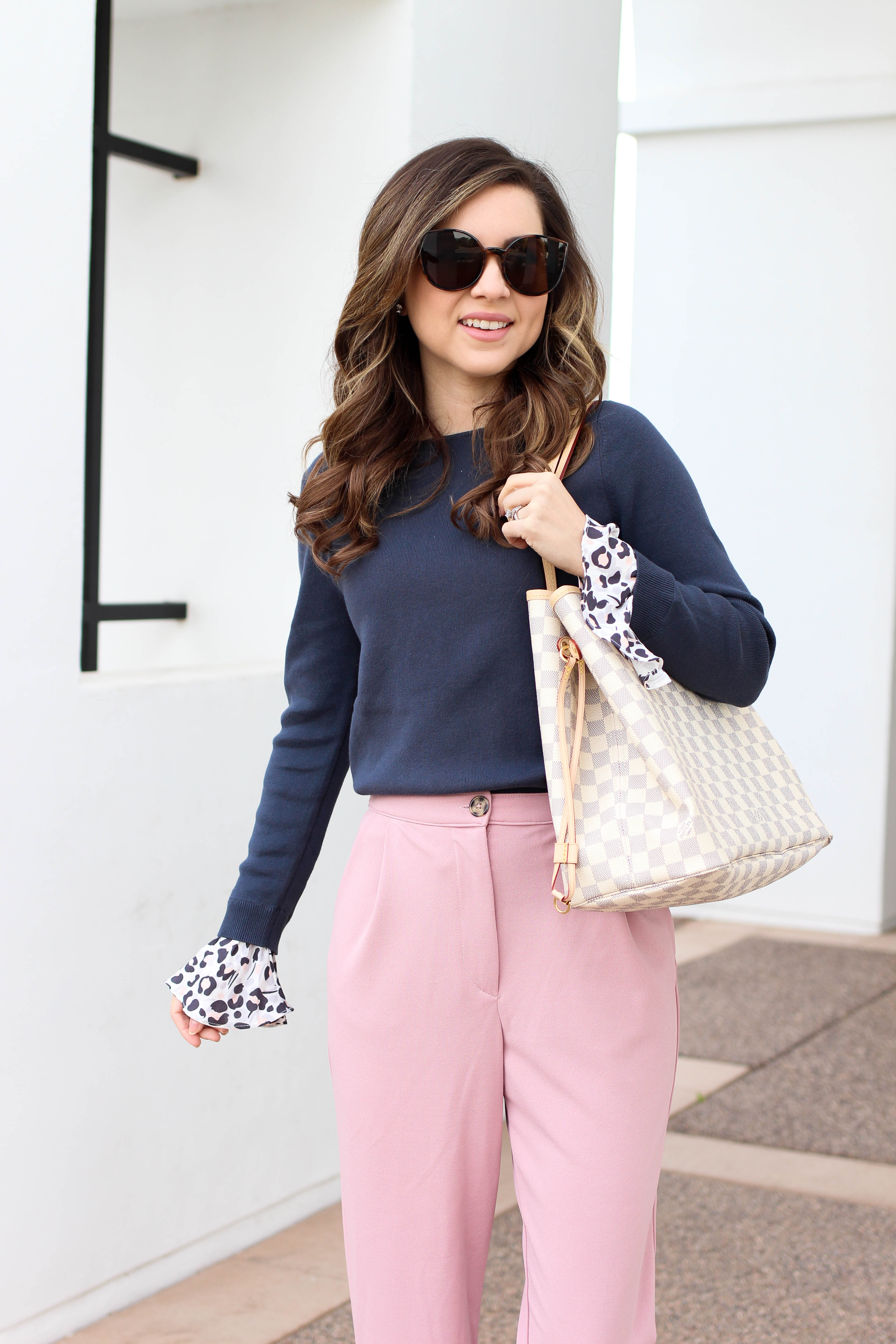 style blogger shares 6 pink pants to wear this season